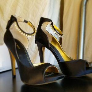 Size 9 Nine West Black Gold Rhinestone Heels